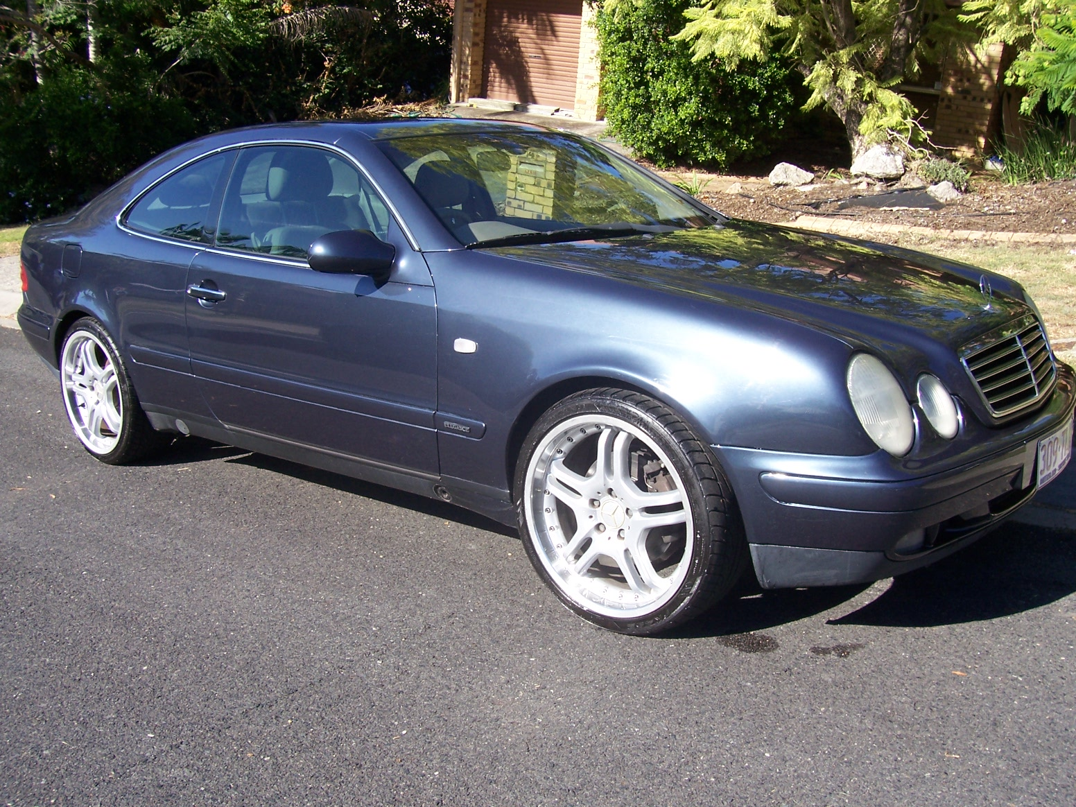 Matthew gray 1999 benz clk320 car sales qld brisbane for 1999 mercedes benz clk320 for sale