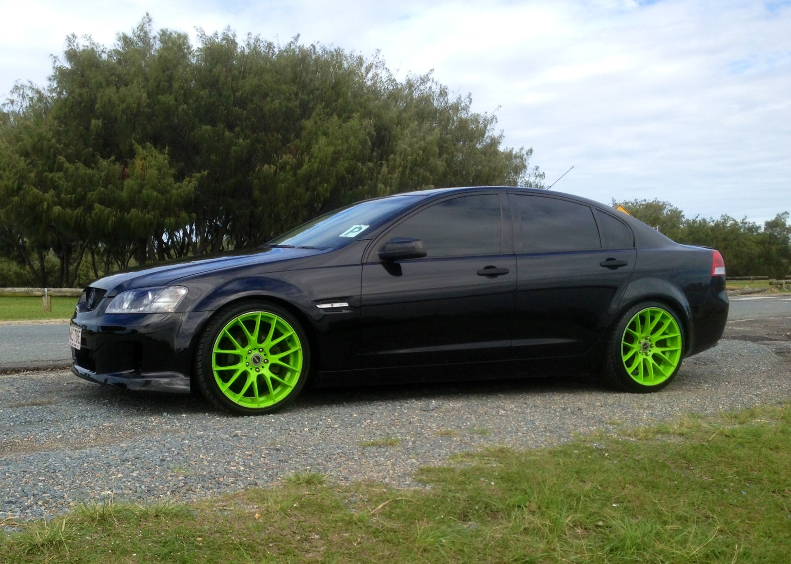 2008 Holden Commodore Omega Ve My08 Car Sales Qld Gold